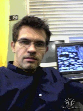 Дмитрий Стешенко